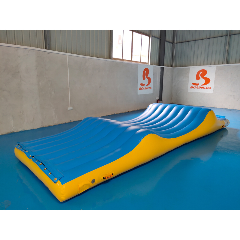 Exciting Inflatable Slipping Wave For Water Park