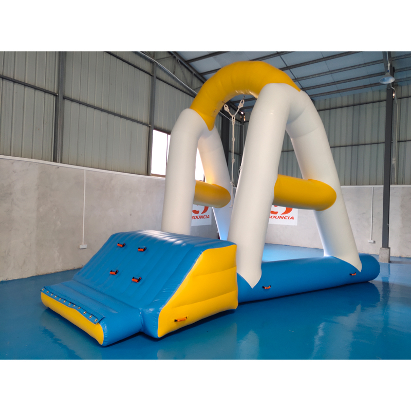2019 New Arrival Floating Inflatable Outdoor Water Park With TUV Certificate