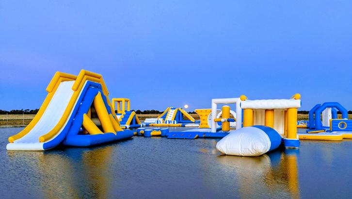 Australia 160 Person Inflatable Aqua Park